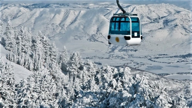 snow-basin-gondola