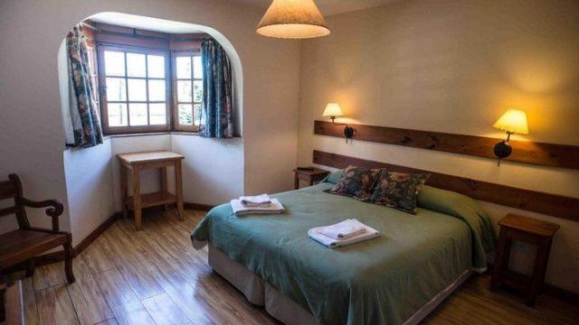 Argentina-Hotel-Bariloche-01 (7)